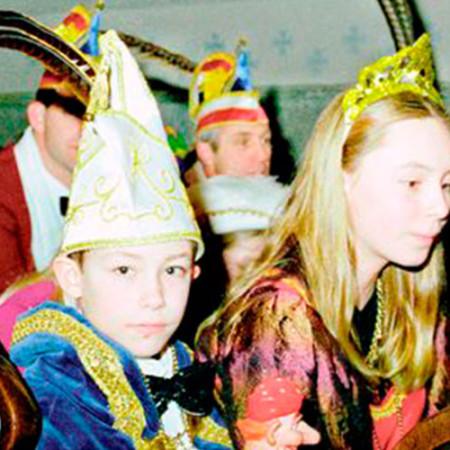 2002 Jeugdprins(es) Pepijn Verkuijlen en Naomi van de Wetering