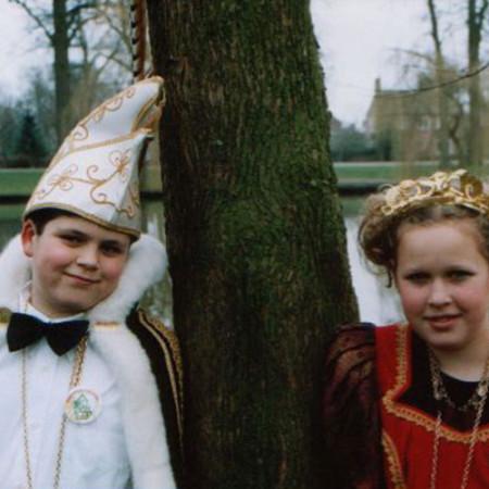2004 Jeugdprins(es) Jesper van Lijssel en Carlijn Goverde